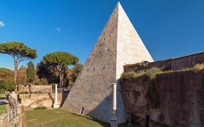 La pirámide Cestia de Roma
