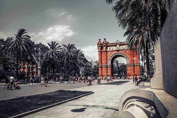 ☆ Qué ver al visitar Barcelona en España
