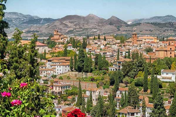 ☆ Qué ver al visitar Granada en España