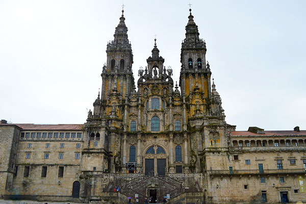 ☆ Visitar la Catedral de Santiago de Compostela en España