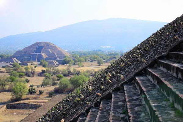 ☆ Visitar el yacimiento arqueológico de Teotihuacán en México